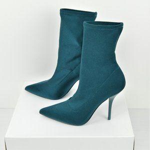 NWT Calvin Klein Womens Mada Green Satin Shooties